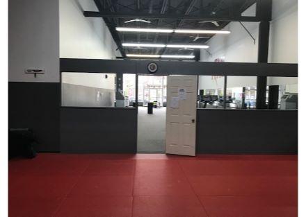 5955-5959 Verdun gym2