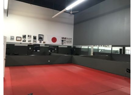 5955-5959 Verdun gym3