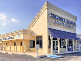 Coldwell Banker Commercial Schmitt Real Estate Company logo