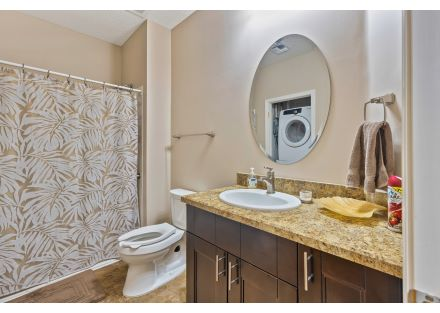 Communal Bath with shower and washer drier