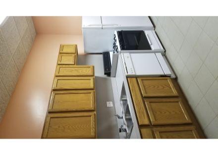 Full Kitchen 2