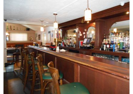 10-240 Naugatuck Ave - bar(26)
