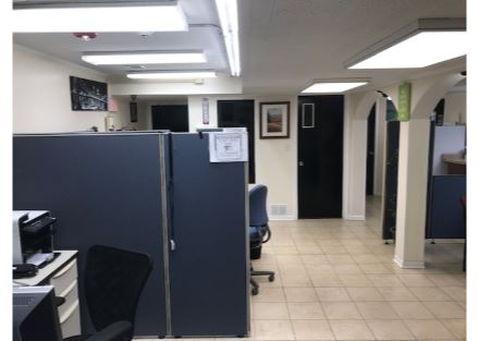 Ste 001_Bullpen-Workstations Area