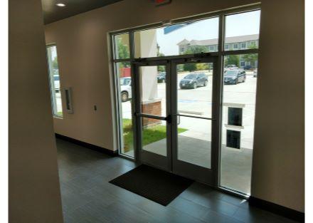3242 Preston Inside Front Door_L