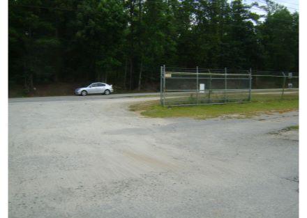 View tow. Bush River Rd. thru gate_2574