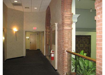 9-46 Prince interior hall 2
