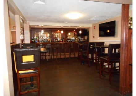 8-240 Naugatuck Ave - bar(24)