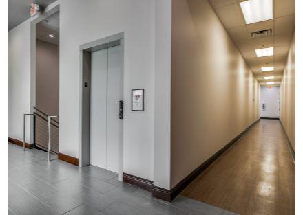 Elevator-Corridor