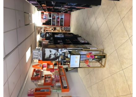 Sniff Perfumes retail front