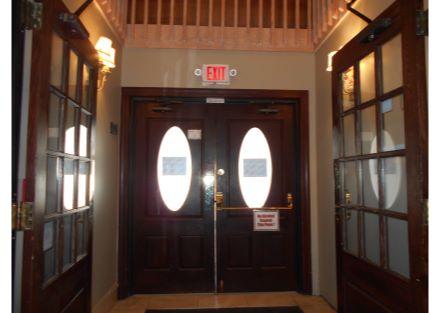5-240 Naugatuck Ave - foyer(17)