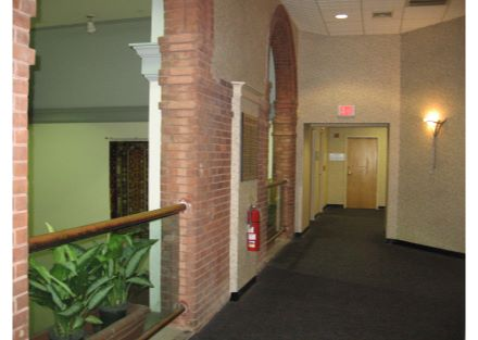 8-46 Prince interior hall