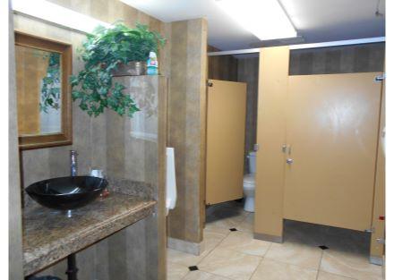 24-240 Naugatuck Ave - bathroom(20)