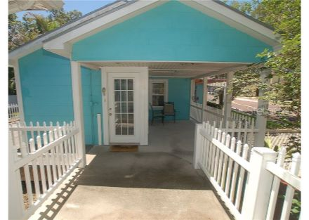 entry with walkway and porch