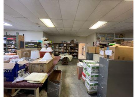 middle warehouse-storage