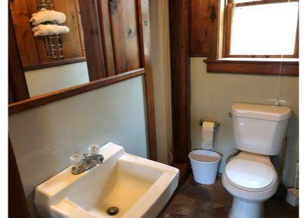 Unit 1 - Three-Quarter Bathroom