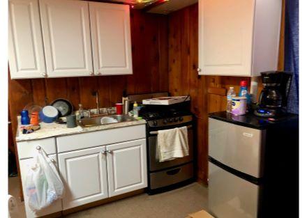 Motel Unit 2 - Kitchen