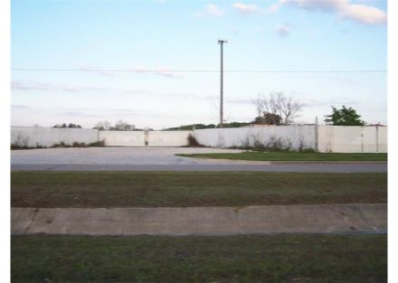 Front view of Gate from southbond side of Burke Rd.