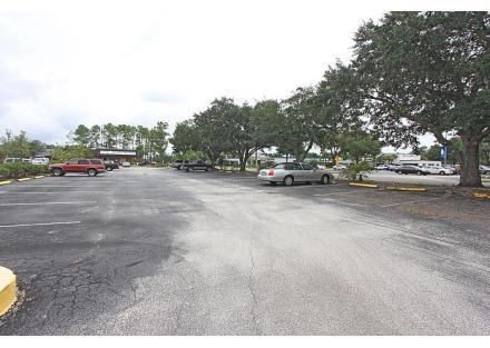 front parking lot,5