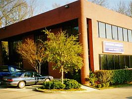 Coldwell Banker Commercial Lenhart Properties, Inc. logo