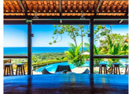 Boutique hotel /retreat with Stunning Ocean Views Overlooking the Whale/'s Tail
